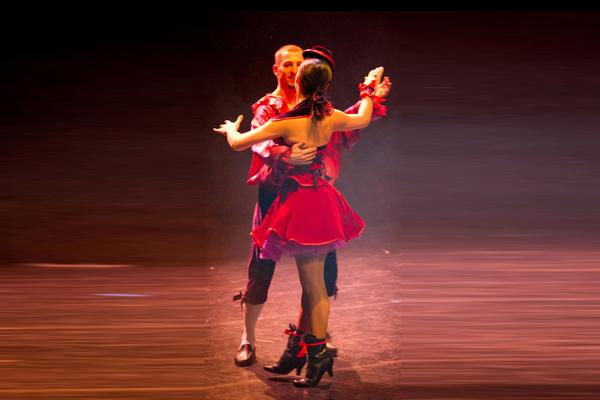memoire_cabaret_5_baquiast_costume_design